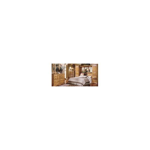 Furniture Traditions - Master-piece Dresser w/ Mirror