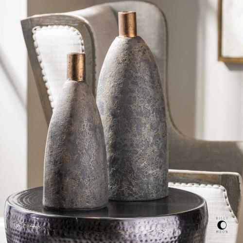 Kasen Vases, S/2