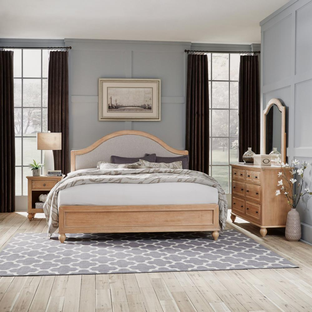 Claire King Bed, Nightstand and Dresser With Mirror