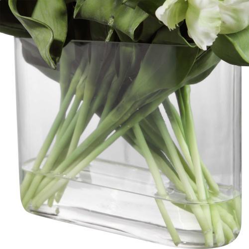 Kimbry Tulip Centerpiece
