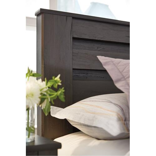 Brinxton Full Panel Bed