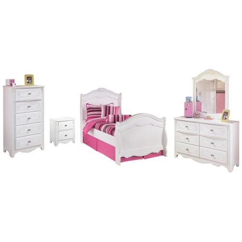 Full Sleigh Bed With Mirrored Dresser, Chest and Nightstand