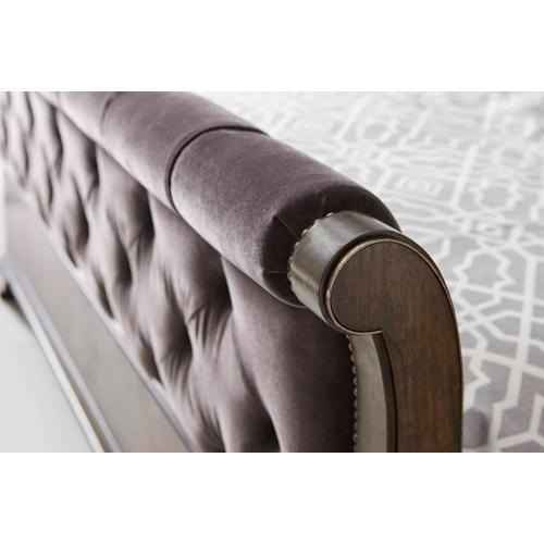 Landmark Upholstered Sleigh California King Bed