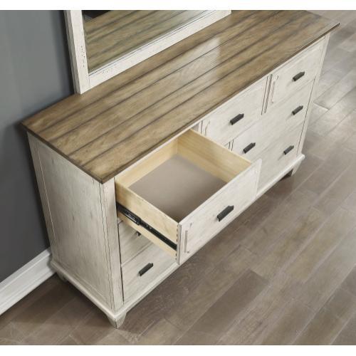 Newport Dresser