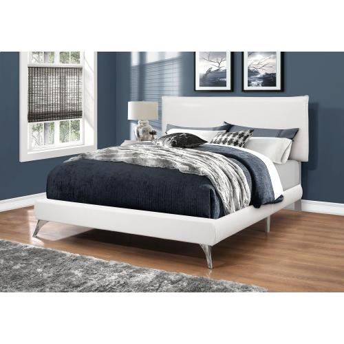 Gallery - BED - QUEEN SIZE / WHITE LEATHER-LOOK WITH CHROME LEGS