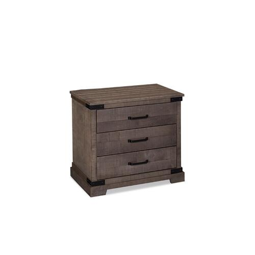 Montauk 3-Drawer Nightstand, Extra Wide