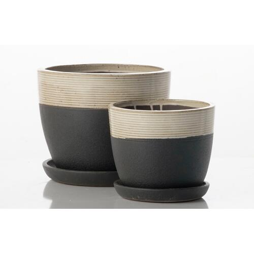 Alfresco Home - Ashland Ribbed Mezzo Planter w/ attached saucer - White and Black (set of 2)
