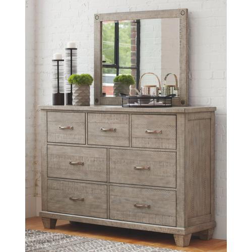 Product Image - Naydell Dresser and Mirror