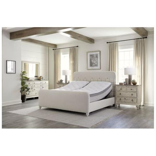 Margo King Bed W/ Matching Footboard Package
