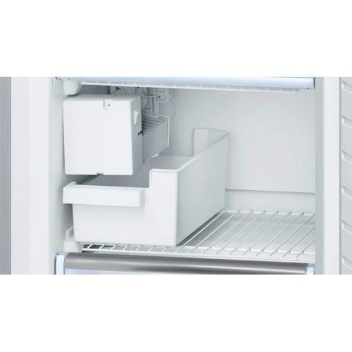 500 Series Freestanding Bottom Freezer Refrigerator 23.5'' Easy Clean Stainless Steel B11CB50SSS
