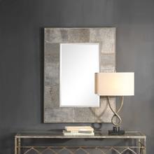 Taelon Mirror