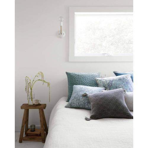 P0603 Seafoam Green Pillow