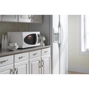 0.70 cu. ft. Microwave Oven