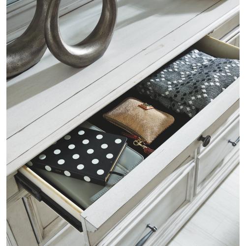 Benchcraft - Kanwyn Dresser and Mirror