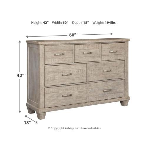 Naydell Dresser
