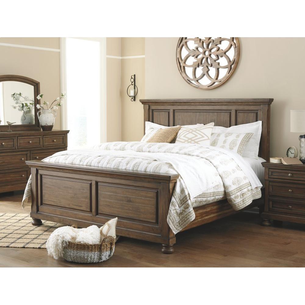 Flynnter California King Panel Bed