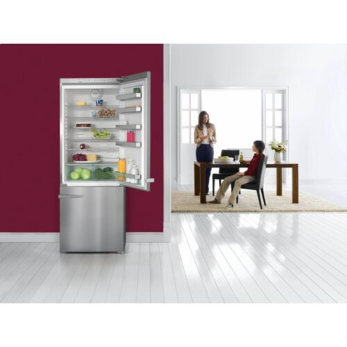 "KFN 15943 DE edt/cs - Freestanding fridge-freezer 30"" (75 cm) wide for a lot of storage space."