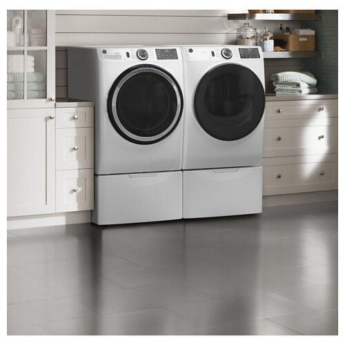 GE® 7.8 cu. ft. Capacity Smart Front Load Gas Dryer with Sanitize Cycle