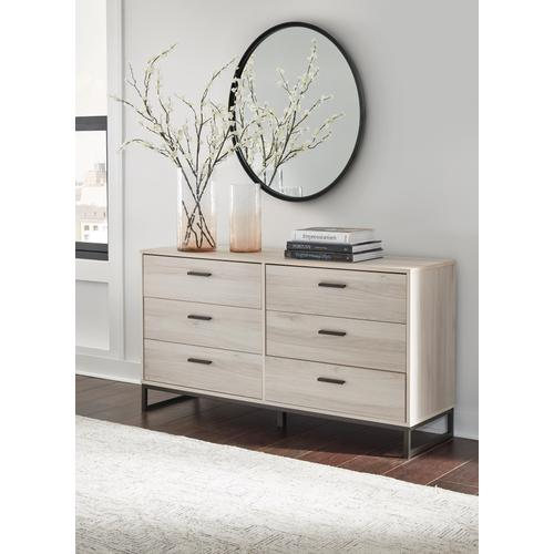 Signature Design By Ashley - Socalle Dresser