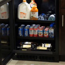 Product Image - 24-In Built-In Beverage Center With 3-In-1 Convertible Shelves with Door Style - Stainless Steel Frame Glass