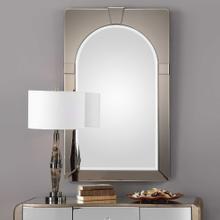 Paria Mirror