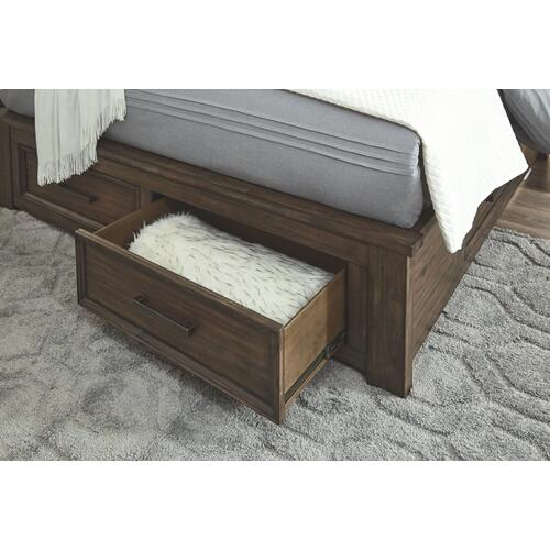 Johurst California King Panel Bed With 4 Storage Drawers