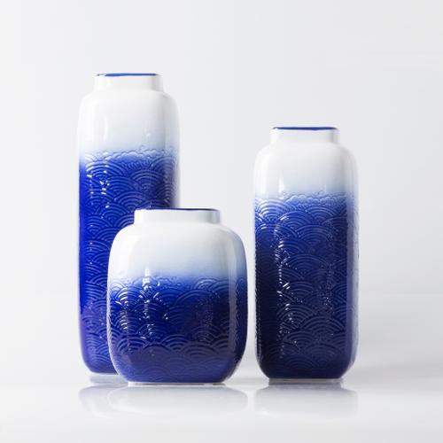 "Surya - Azul AZL-801 7""H x 6""W x 6""D"