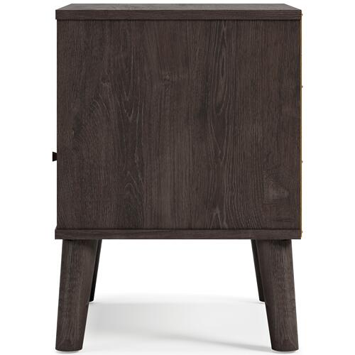 Signature Design By Ashley - Piperton Nightstand