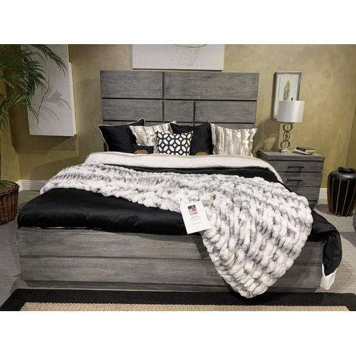 "Nuevo Two-tone Gray White Blanket/Coverlet by Rug Factory Plus - Full / Queen - 90"" x 88"" / Gray White"