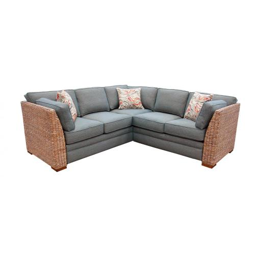 724 SECTIONAL PIECES
