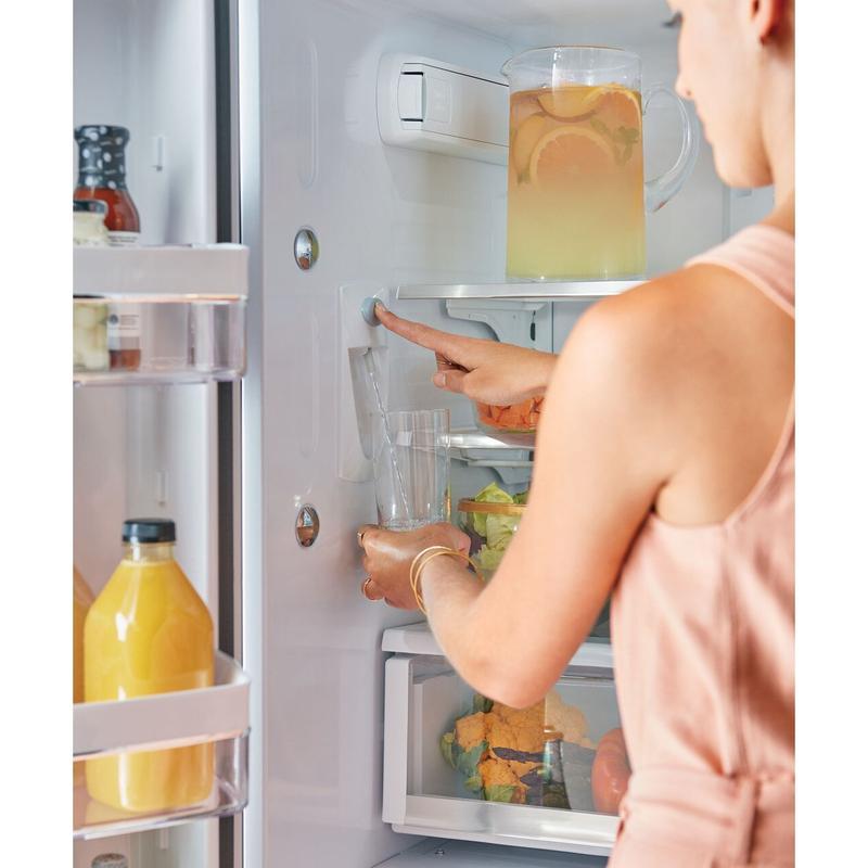 Café ENERGY STAR® 23.1 Cu. Ft. Smart Counter-Depth French-Door Refrigerator
