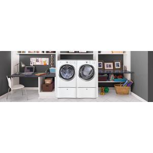 Electrolux - Front Load Electric Dryer with IQ-Touch Controls featuring Perfect Steam - 8.0 Cu. Ft.