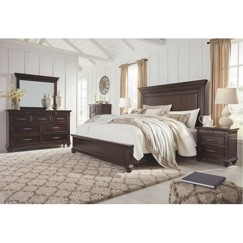 Brynhurst California King Panel Bed
