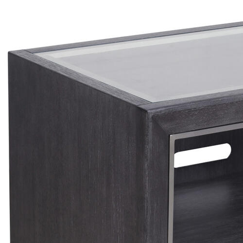 Pulaski Furniture - Echo Bachelor's Chest in Charcoal