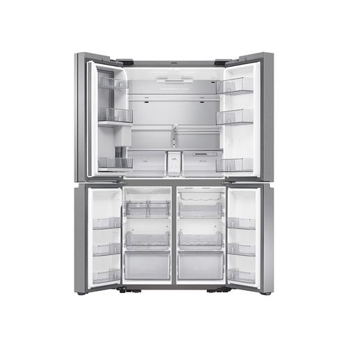 29 cu. ft. Smart 4-Door Flex™ refrigerator with Family Hub™ and Beverage Center in Stainless Steel