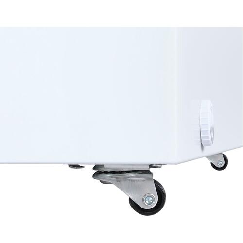 Galanz 14.5-Cu. Ft. Manual Defrost Chest Freezer in White