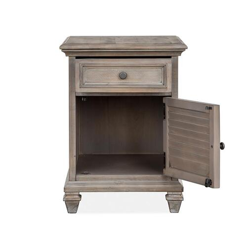 Magnussen Home - Chairside End Table