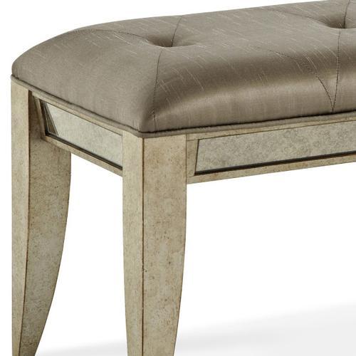 Pulaski Furniture - Farrah Upholstered Bed Bench