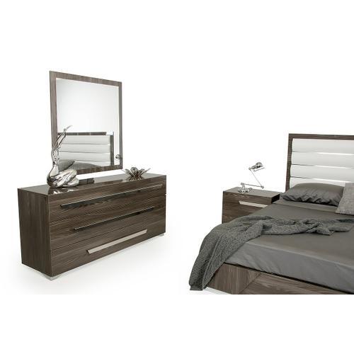 Nova Domus Capulet Italian Modern Grey Mirror