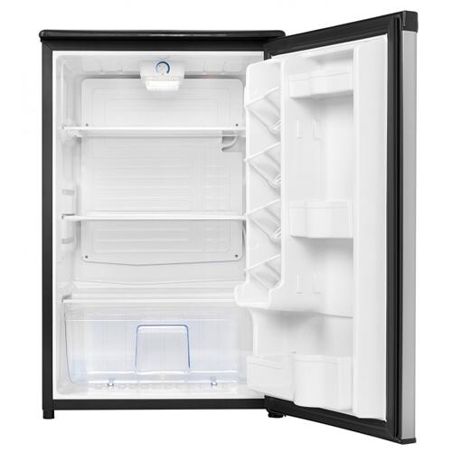 Danby Canada - Danby Designer 4.4 cu.ft Compact Refrigerator