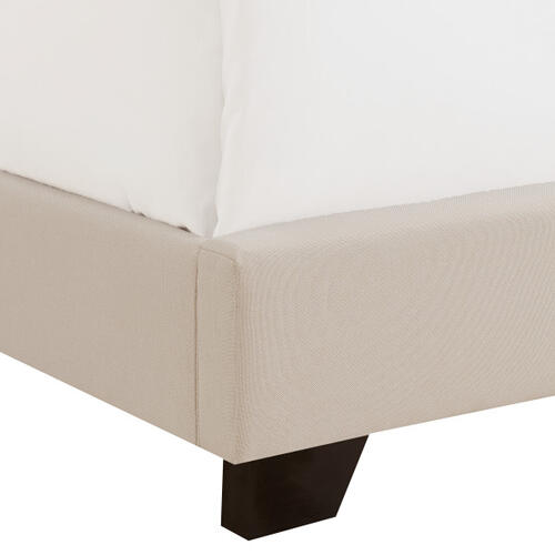 Queen Anne Nailhead Trim Upholstered Twin Bed in Cream