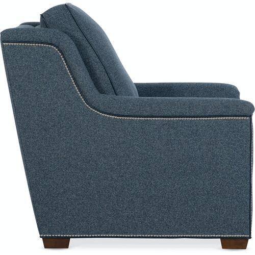 Bradington Young Raiden Chair Full Recline w/Articulating Headrest 204-35