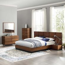Caima 6-Piece Bedroom Set in Walnut