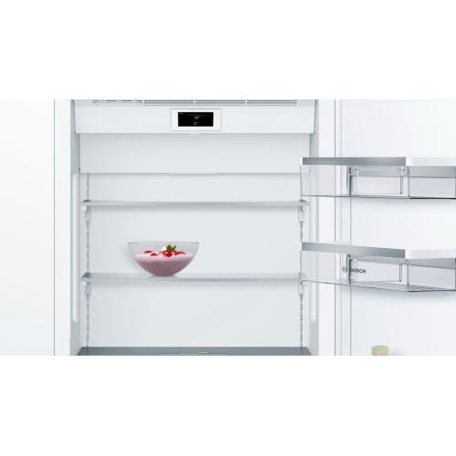 Benchmark® Built-in Bottom Freezer Refrigerator 30'' B30IB905SP