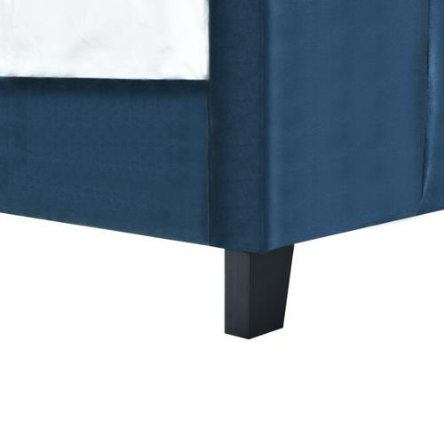 Accentrics Home - Queen Modern Channel Bed in Nile