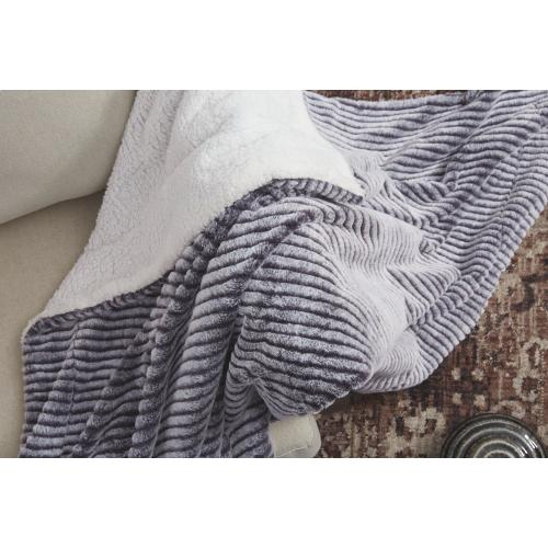 Metea Throw (set of 3)