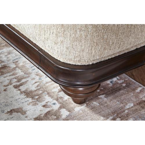 Hughes Furniture - 17200 Loveseat