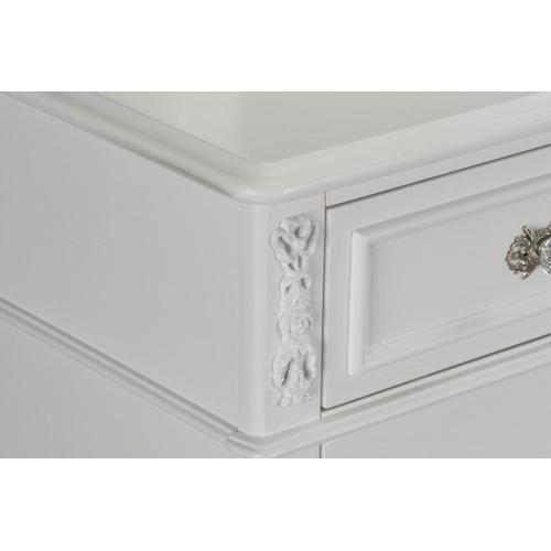 Olivia 7-Drawer Dresser, White