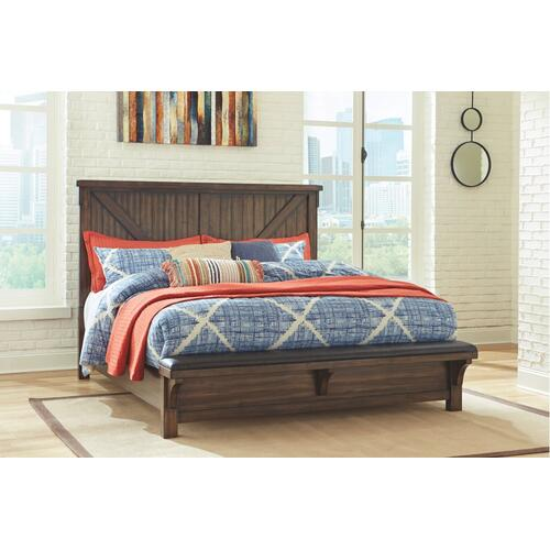California King Panel Bed With Upholstered Bench With Dresser