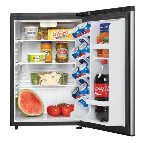 Danby - Danby 2.6 Cu.ft Contemporary Classic Compact Refrigerator